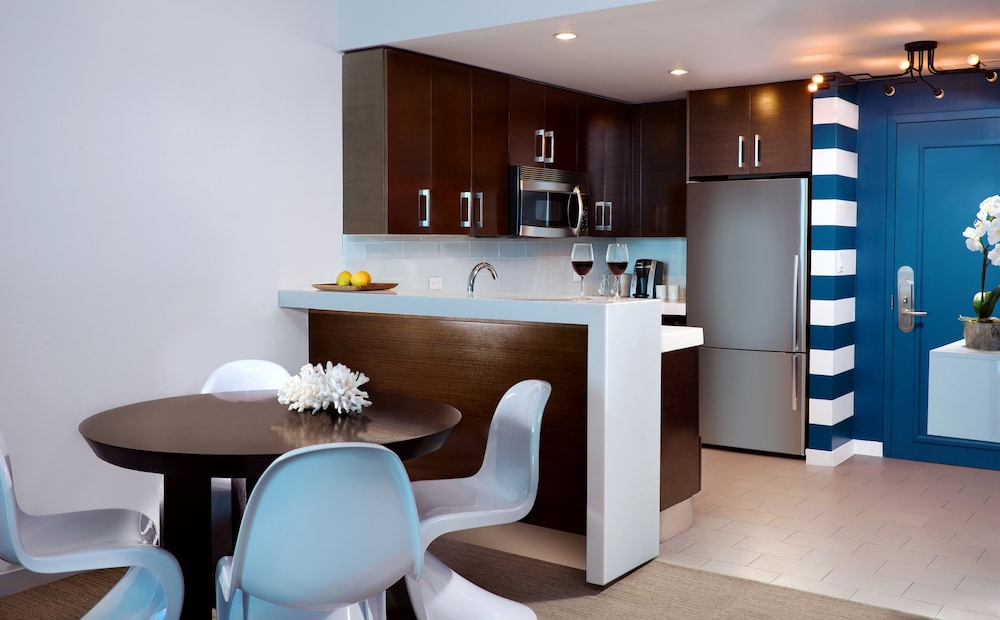 Private Kitchen, Solé Miami, A Noble House Resort