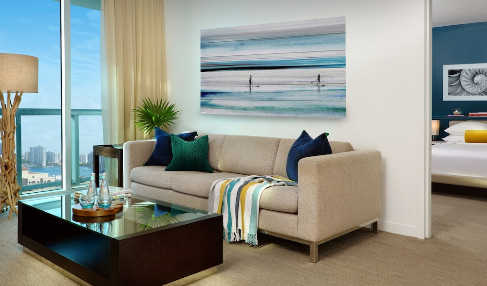 Living Area, Solé Miami, A Noble House Resort