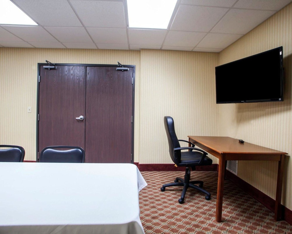 Meeting Facility, Comfort Inn & Suites Harrisonville