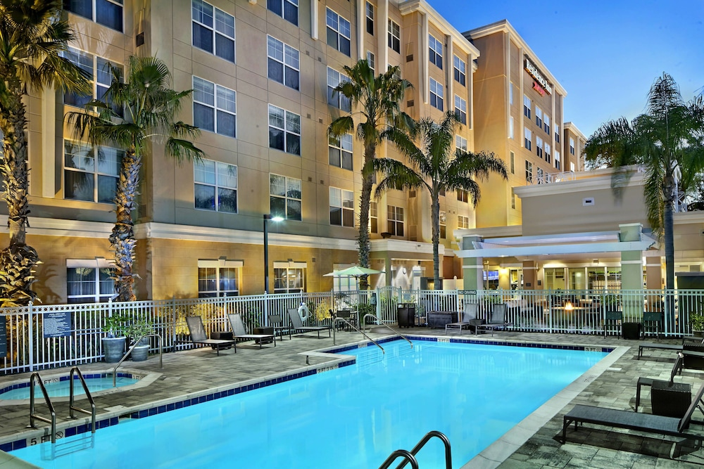 Outdoor Pool, Residence Inn by Marriott Orlando Lake Mary