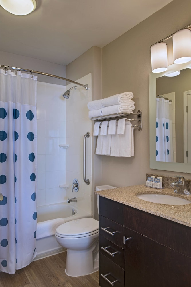 Bathroom, TownePlace Suites Fayetteville Cross Creek