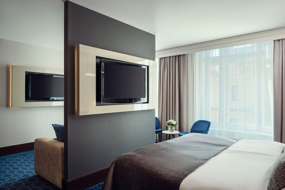 Room, Hotel Kings Court