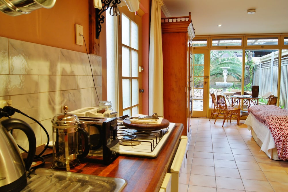 Adelaide Heritage Cottages Amp Apartments Deals Amp Reviews