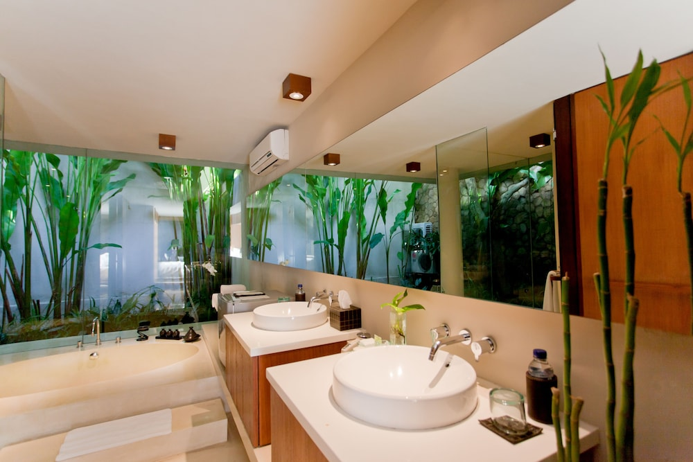 Bathroom, THE HAVEN Bali Seminyak