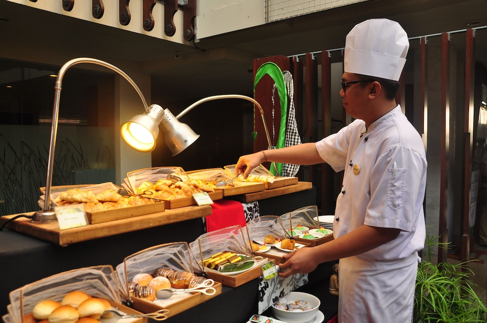 Breakfast buffet, THE HAVEN Bali Seminyak