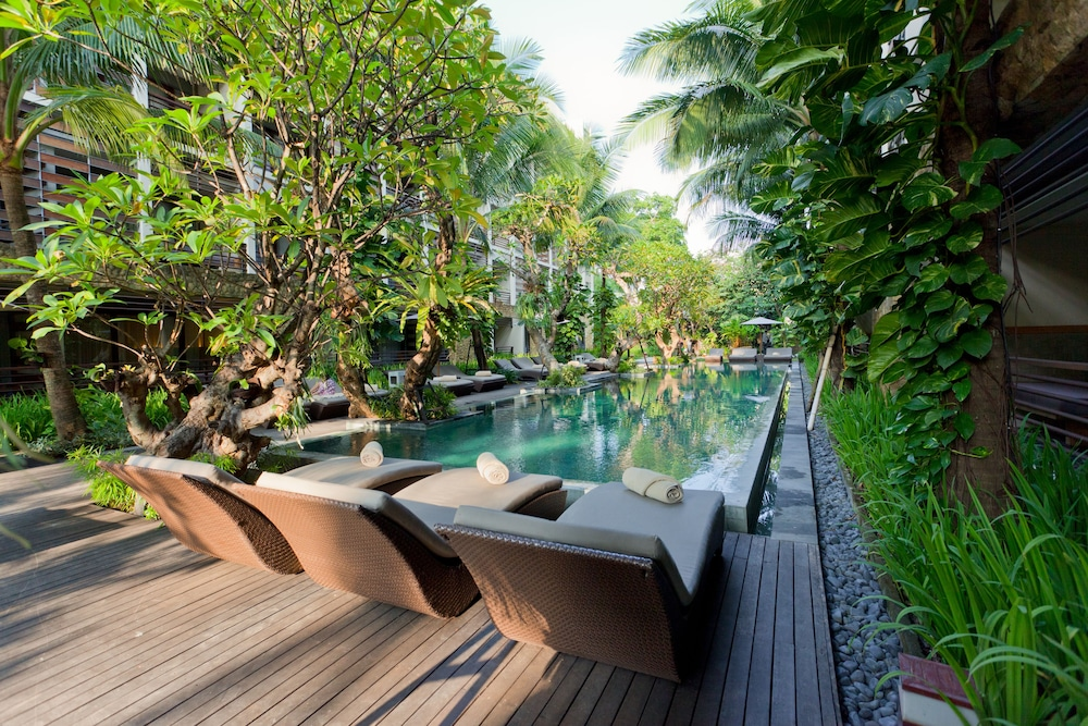 Outdoor Pool, THE HAVEN Bali Seminyak