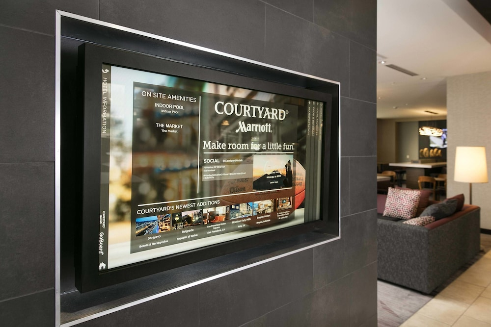 Courtyard by Marriott Indianapolis Downtown in Indianapolis