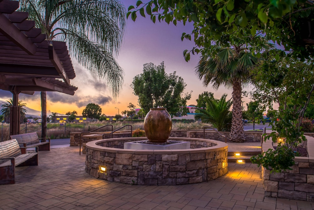 Property Grounds, Springhill Suites by Marriott Temecula Wine Country
