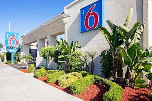 Motel 6 Costa Mesa, CA - Newport Beach