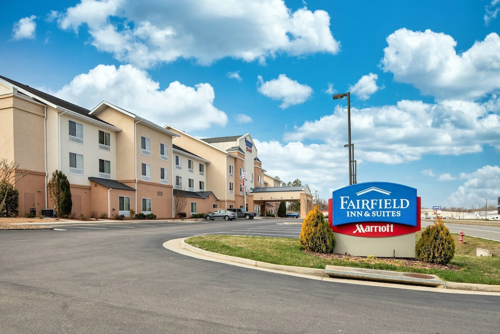 Exterior, Fairfield Inn & Suites South Boston