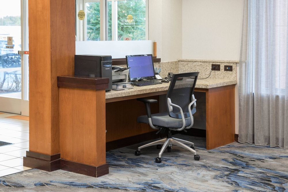 Business Center, Fairfield Inn & Suites South Boston