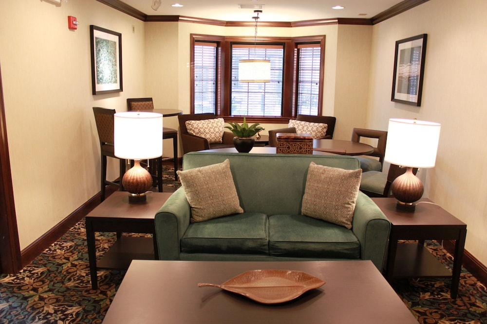 Lobby Sitting Area, Staybridge Suites Indianapolis-Carmel, an IHG Hotel
