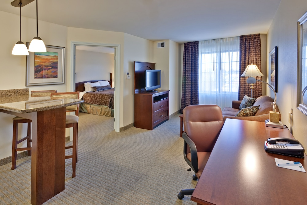 Room, Staybridge Suites Indianapolis-Carmel, an IHG Hotel