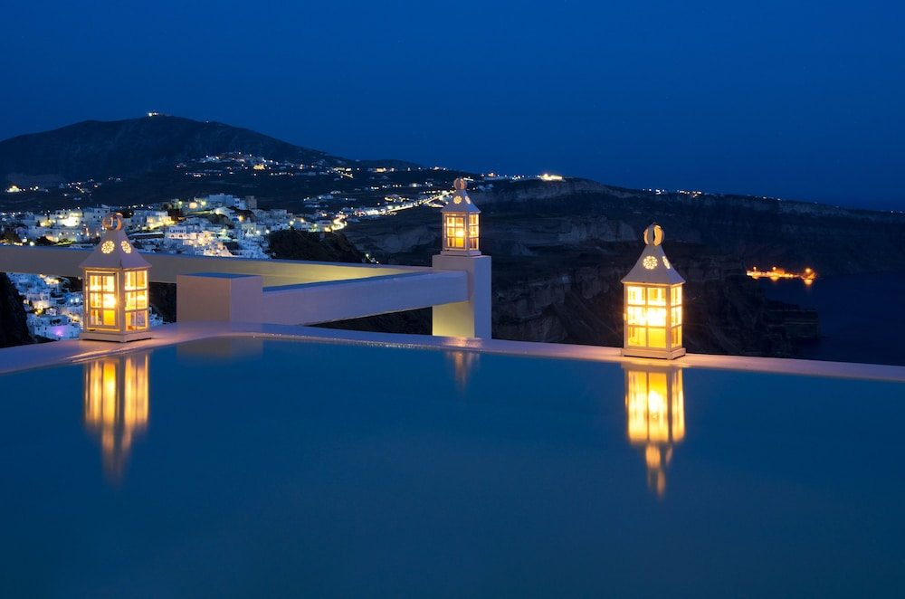 Infinity Pool, Aqua Luxury Suites