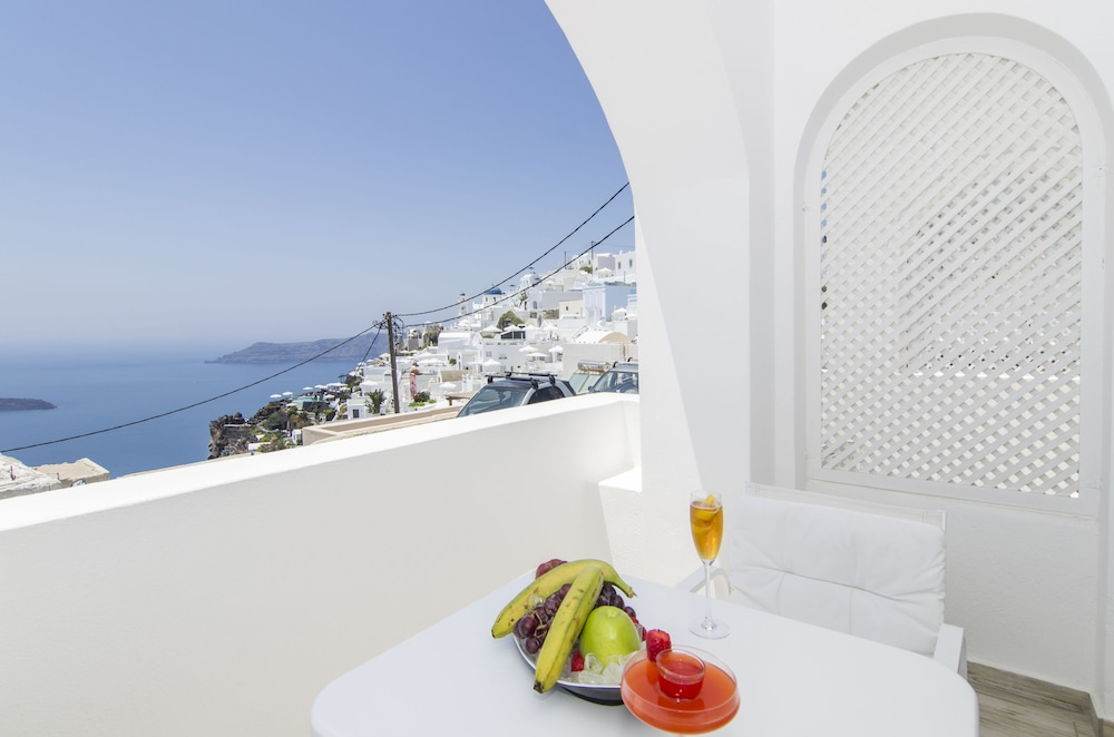 Balcony, Aqua Luxury Suites