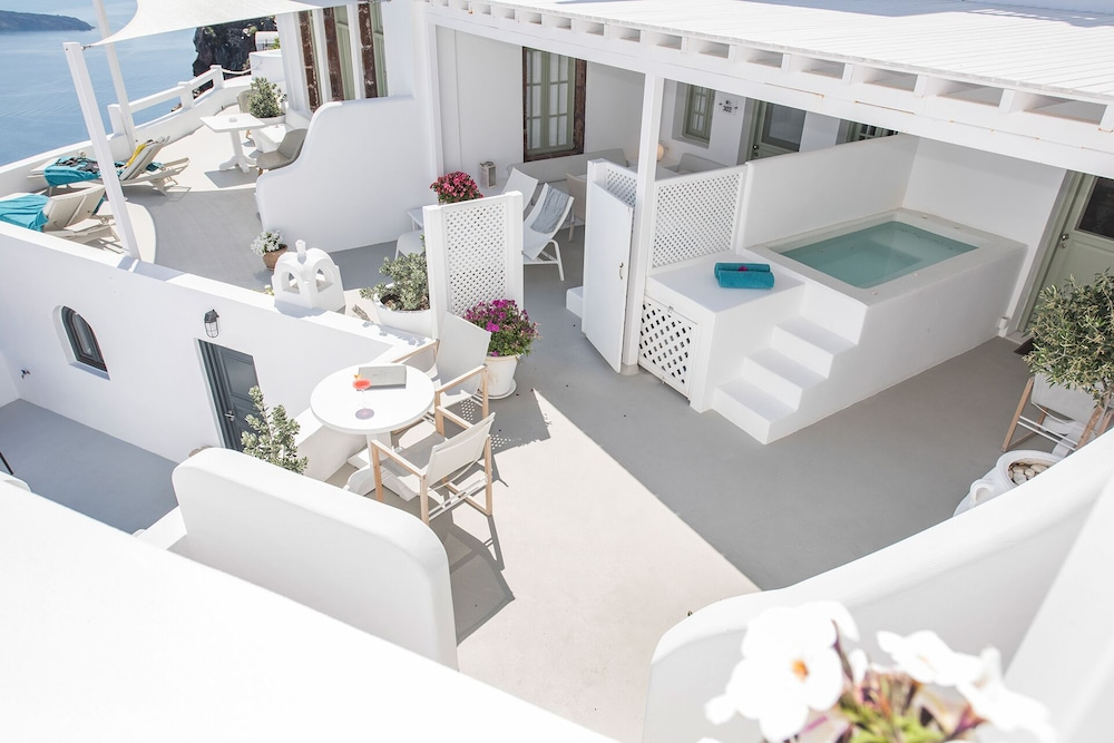 Terrace/Patio, Aqua Luxury Suites