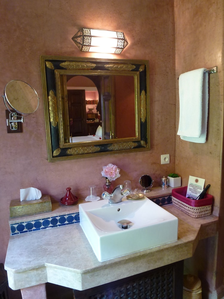 Bathroom Sink, Riad Le Calife