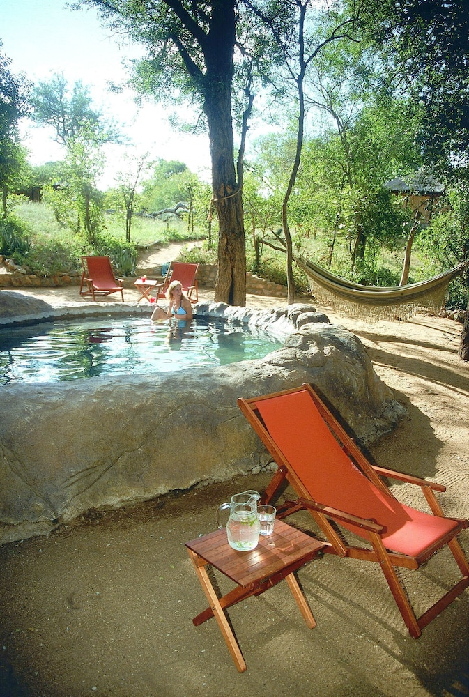 Outdoor Spa Tub, Umlani Bushcamp - Lodge