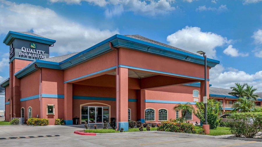 Quality Inn & Suites at The Outlets Mercedes/Weslaco