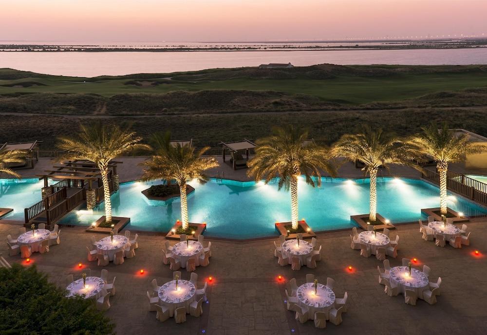 Radisson Blu Hotel, Abu Dhabi Yas Island: 2019 Room Prices