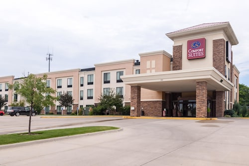 Great Place to stay Comfort Suites East near Lincoln