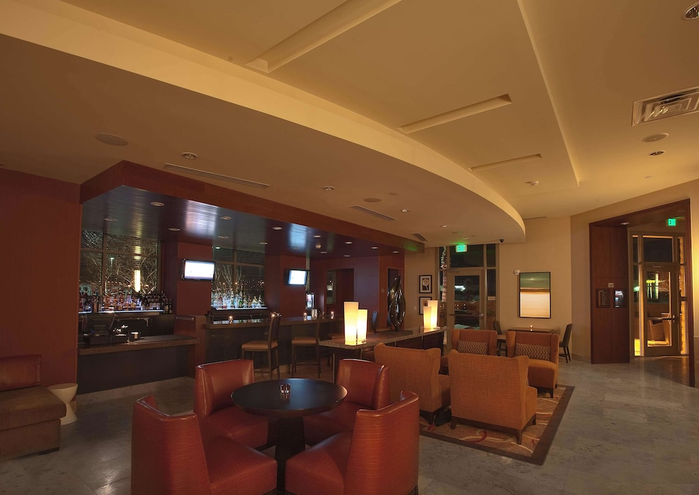 Bar, Embassy Suites Palmdale