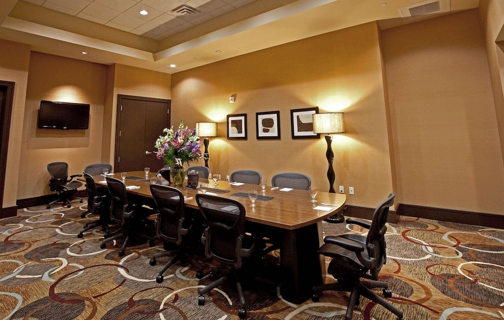 Meeting Facility, Embassy Suites Palmdale