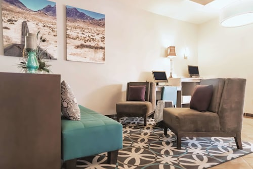 La Quinta Inn & Suites by Wyndham Dumas