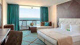 INTERNATIONAL Hotel Casino & Tower Suites - Golden Sands Hotels
