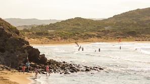 Ubicación a pie de playa, submarinismo, buceo con tubo y vóley playa