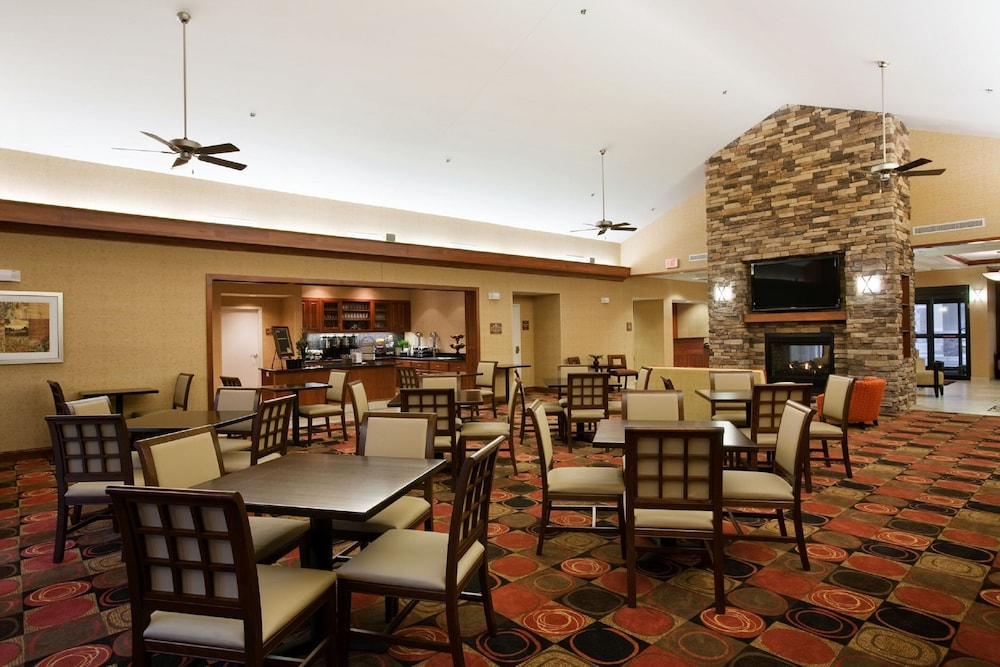 Breakfast Area, Homewood Suites by Hilton St. Cloud