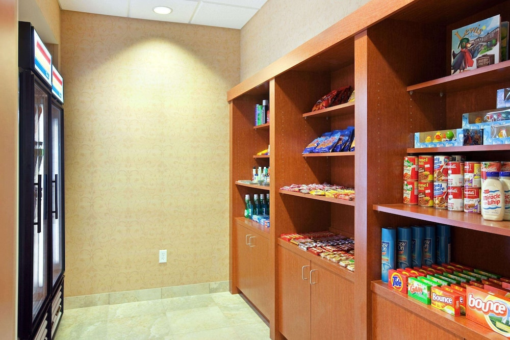 Snack Bar, Homewood Suites by Hilton St. Cloud