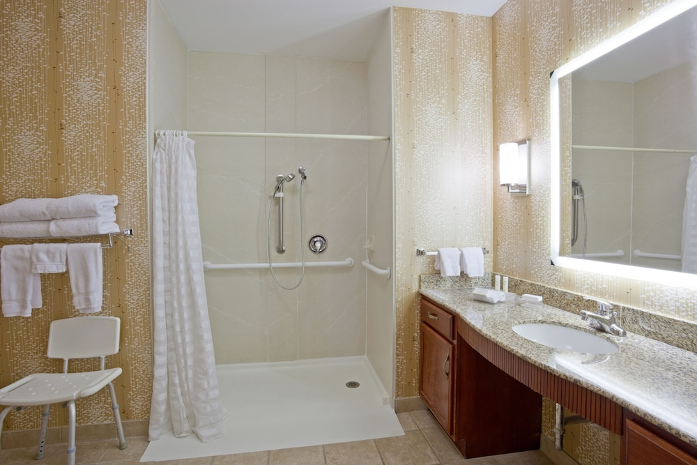 Bathroom, Homewood Suites by Hilton St. Cloud