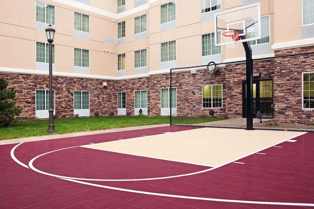 Sport Court, Homewood Suites by Hilton St. Cloud