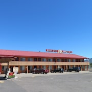 Royal Crest Motel