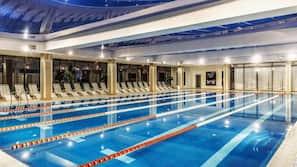 2 個室內泳池