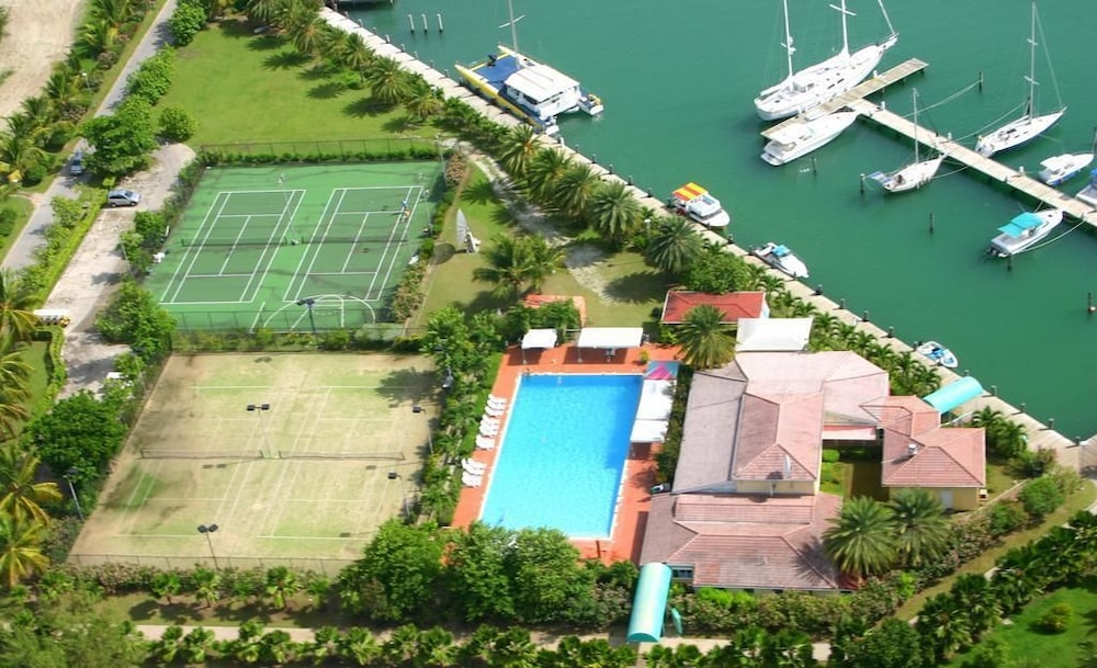 Tennis Court, HBK Villa Rentals at Jolly Harbour