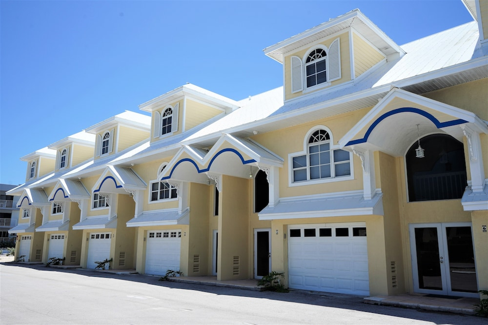 Front of Property, Glunz Ocean Beach Hotel & Resort