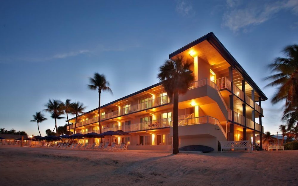 Featured Image, Glunz Ocean Beach Hotel & Resort