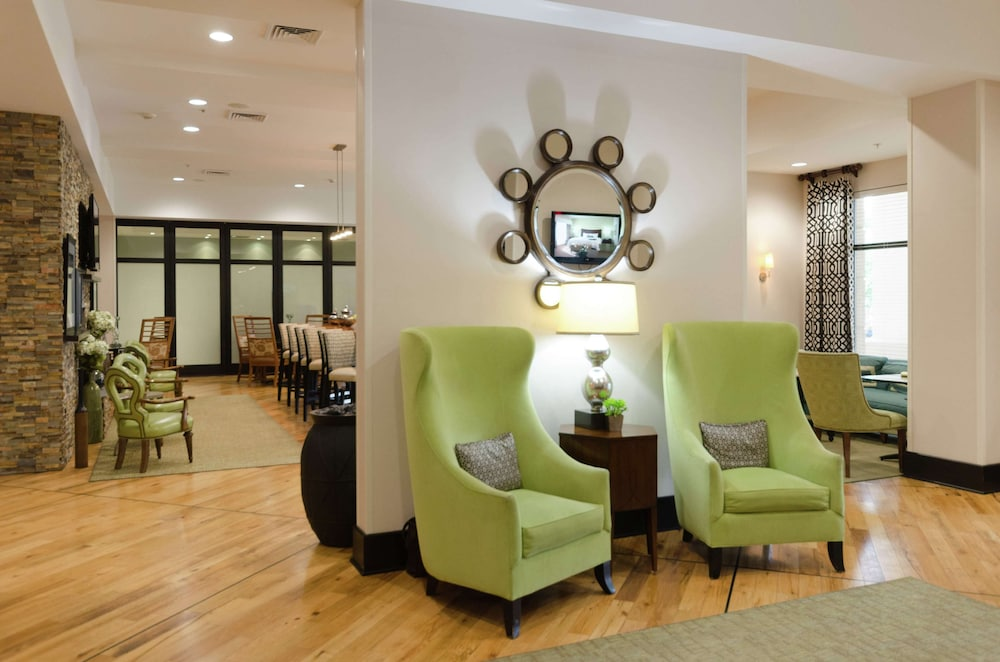 Featured Image, Hampton Inn Hickory