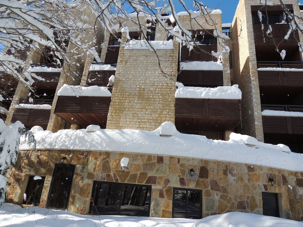 Front of Property, Faraya Village Club