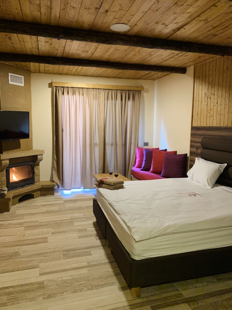 Room, Faraya Village Club