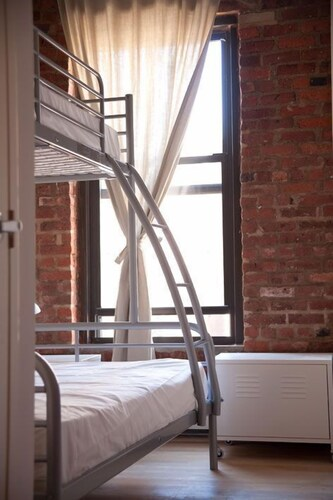 Room, The New York Loft Hostel