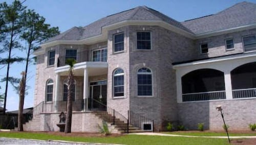 Great Place to stay Island Breeze at Lake Murray near Chapin