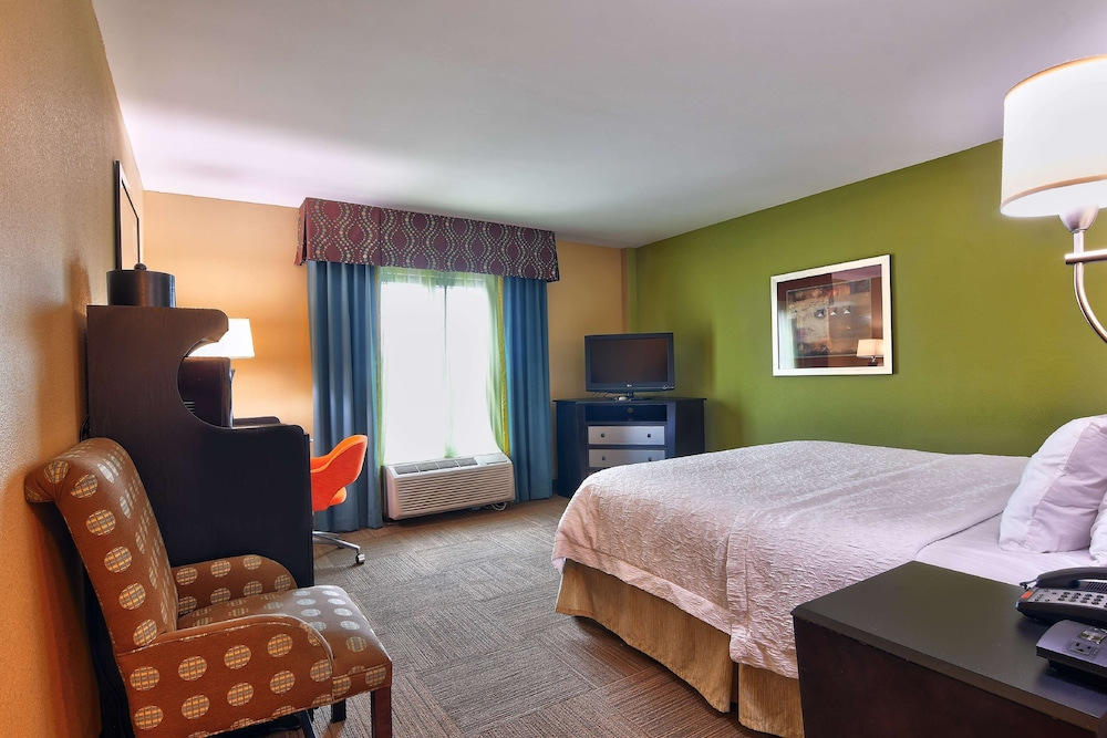 Room, Hampton Inn & Suites Jacksonville - Beach Blvd/Mayo Clinic