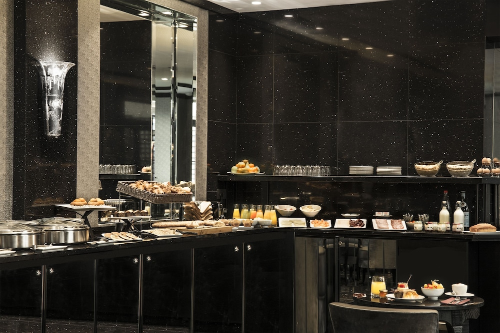 Breakfast buffet, Maison Albar Hotels Le Diamond