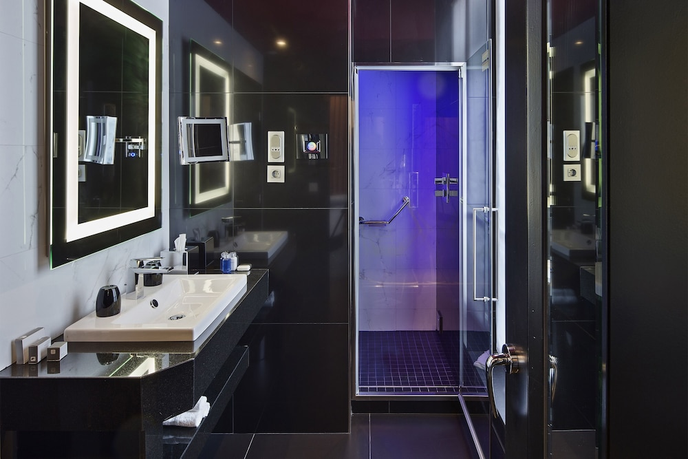 Bathroom, Maison Albar Hotels Le Diamond