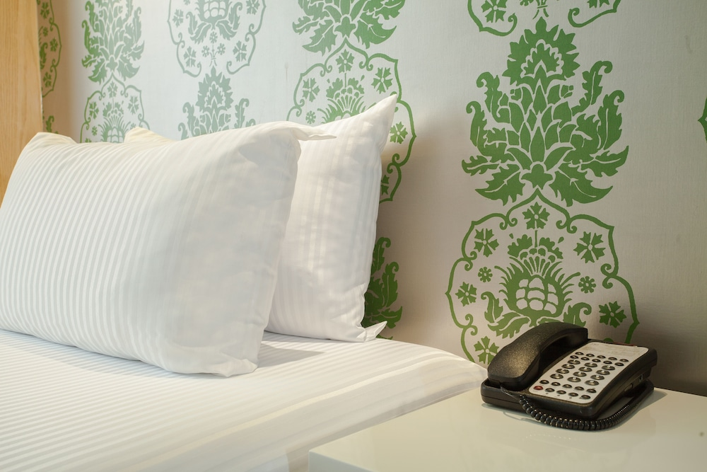 Room, NH Collection Mexico City Airport T2