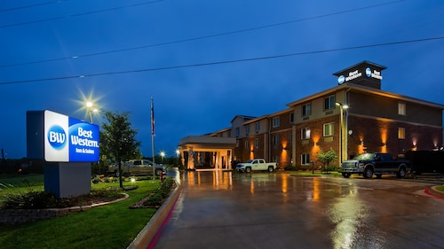 Check Expedia for Availability of Best Western Bowie Inn & Suites