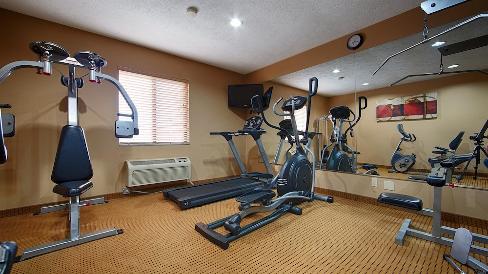 Best western lincoln inn 2017 room prices deals for A new you salon springfield il